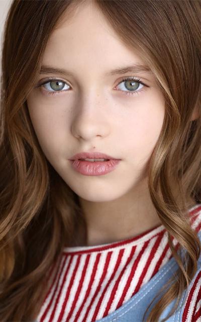 Anna Amstrong**