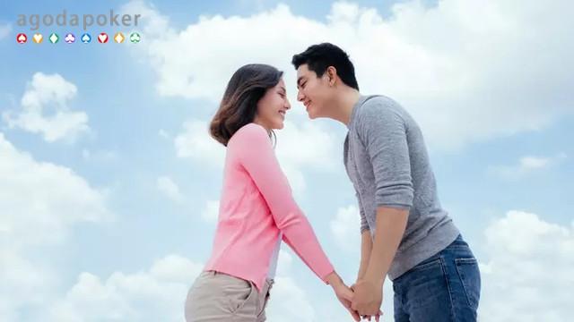 Kenali Bagaimana Tanda-tanda Menjalani Cinta yang Obsesif