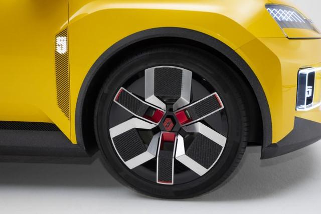 2021 - [Renault] 5 E-Tech - Page 7 35-DF885-D-F4-A8-460-B-87-B5-7369406-A6-D40