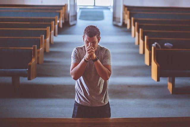 praying-2179326-640