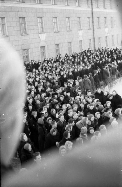Dyatlov pass funerals 9 march 1959 04