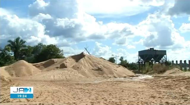 Monte de areia onde o menino foi encontrado