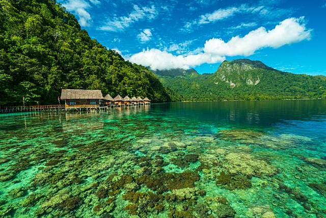 5 Resort Terapung di Indonesia dengan Pemandangan yang Menakjubkan