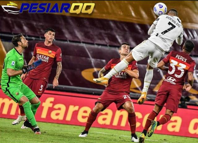 Main 10 Orang, Dua Gol Cristiano Ronaldo Selamatkan Juventus