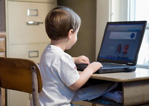 Рекомендації батькам щодо безпечної поведінки дитини в цифровому середовищі 202100001