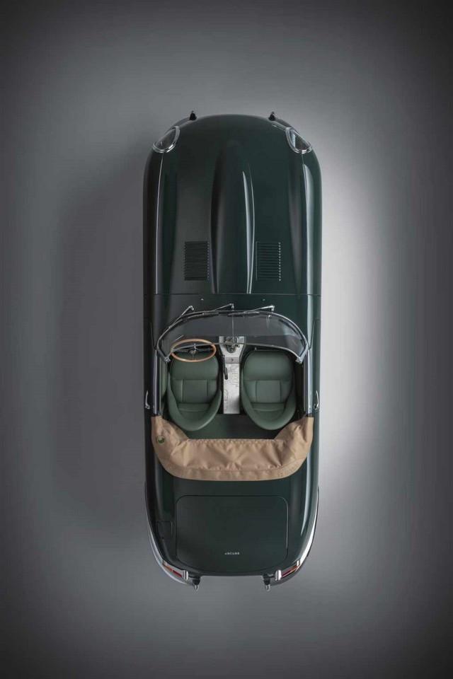 """Jaguar Classic Dévoile La Type """"60 Collection"""" : Homage Au 60e Anniversaire De La Sportive Légendaire 05-E-TYPE-OTS-exterior-overhead"""