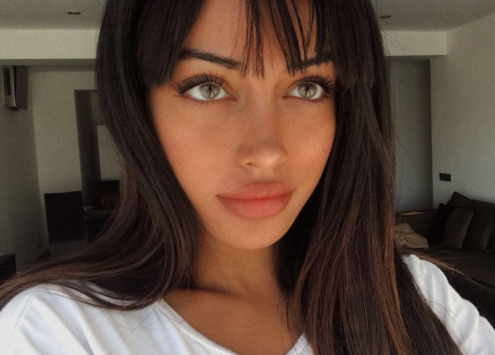 Cindy-Kimberly-Wallpapers-Insta-Fit-Bio-11