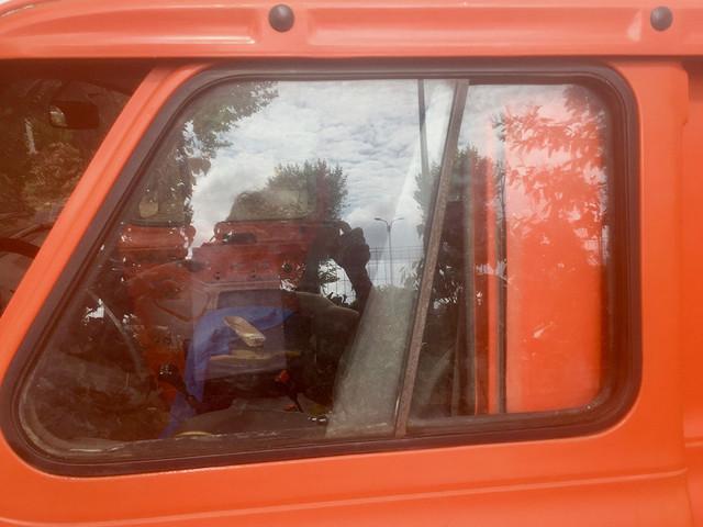 sliding-driver-window