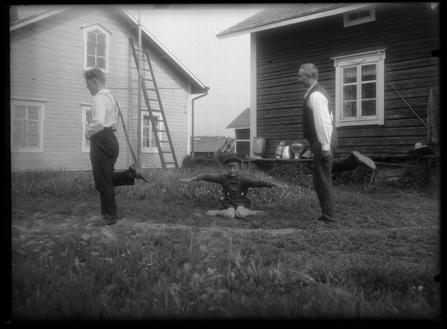 Finnish-folk-games-4