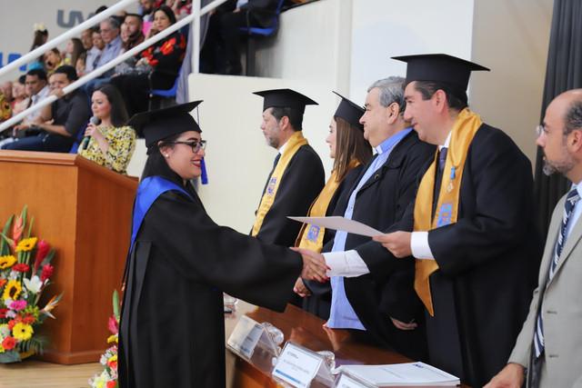 Graduacio-n-santa-mari-a-105