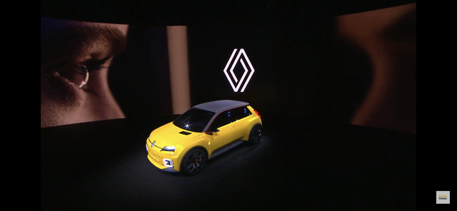2021 - [Renault] 5 E-Tech C256-DC4-E-47-E9-4039-8997-10-E4003-CFFB1