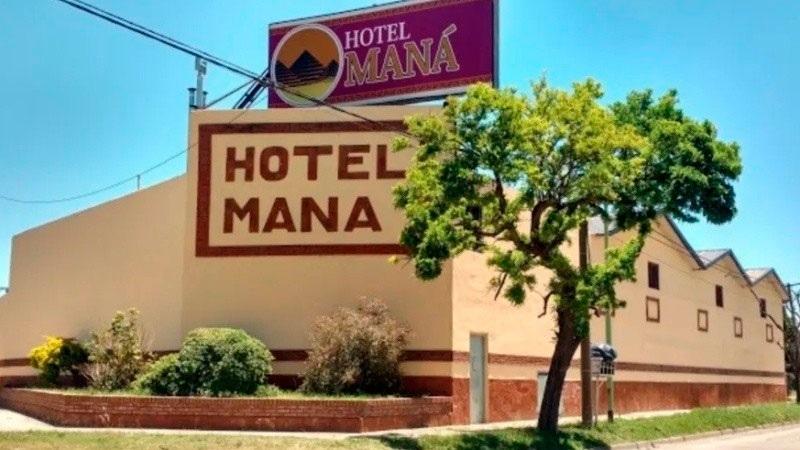 Un hombre murió en un hotel alojamiento y su amante huyó corriendo