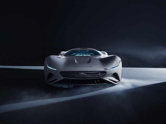 Jaguar Lève Le Voile Sur La Vision Gran Turismo SV : La Voiture De Course 100% Électrique Ultime Pour Les Passionnés De Course Automobile Jag-GTSV-Head-on-1-161220