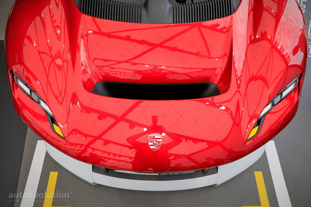 2021 - [Porsche] Mission R - Page 2 A5-A2-A237-0-E28-42-CA-BB41-5-EA1-C772-EFD5