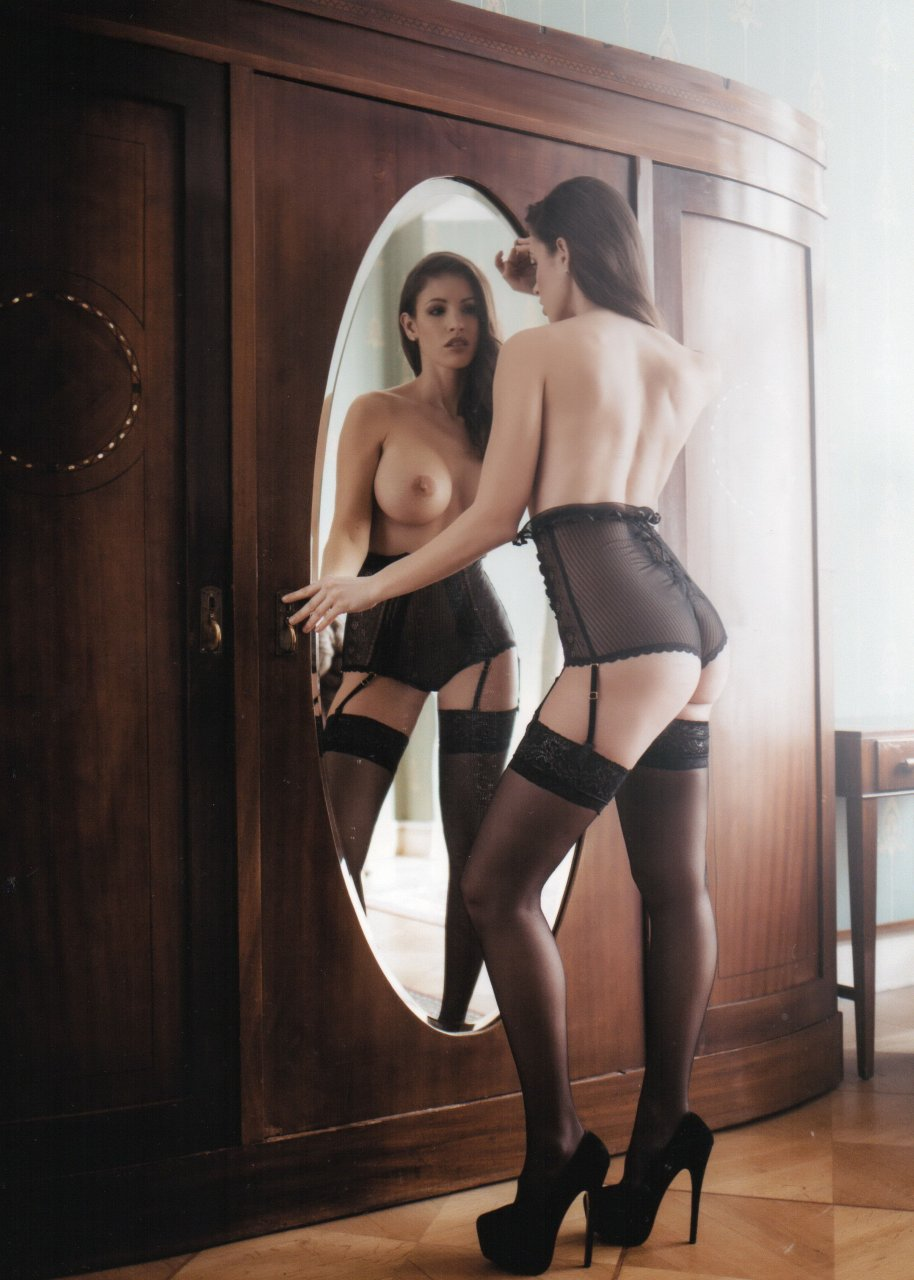 The-Fappening-Blog-com-Lucia-Javorcekova-10
