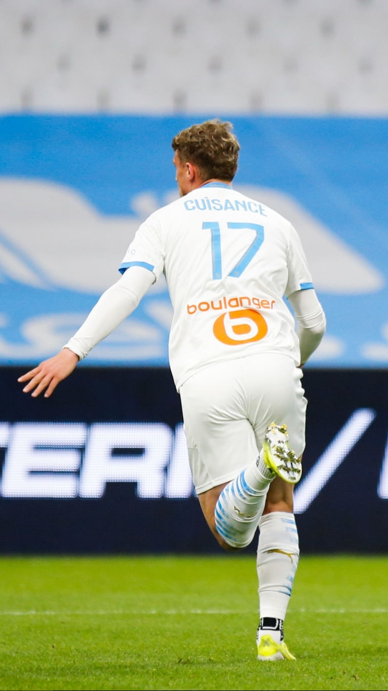 [Image: Michael-CUISANCE-of-Marseille-celebrate-...rseill.jpg]