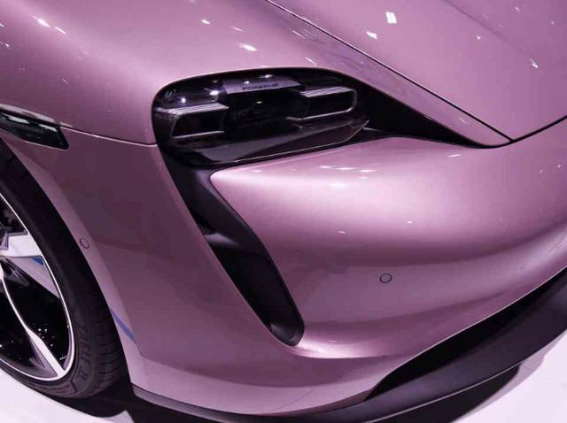 2019 - [Porsche] Taycan [J1] - Page 18 85-E9-CB7-F-362-E-4-BEE-BF98-5-B00-A6-DC4-FFA