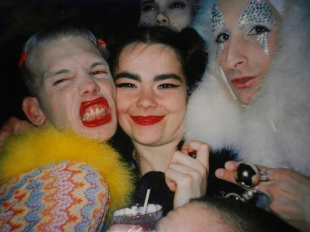 bjork-michel-alig-and-james-st-james-club-kids-new-york-city-90s-396-o