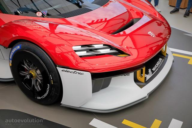 2021 - [Porsche] Mission R - Page 2 3-F3-C1470-5-A6-C-424-F-BCA9-C7-FF40-CDDD2-C