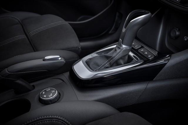 Nouvel Opel Crossland : bien plus qu'un lifting 13-Opel-Crossland-513152