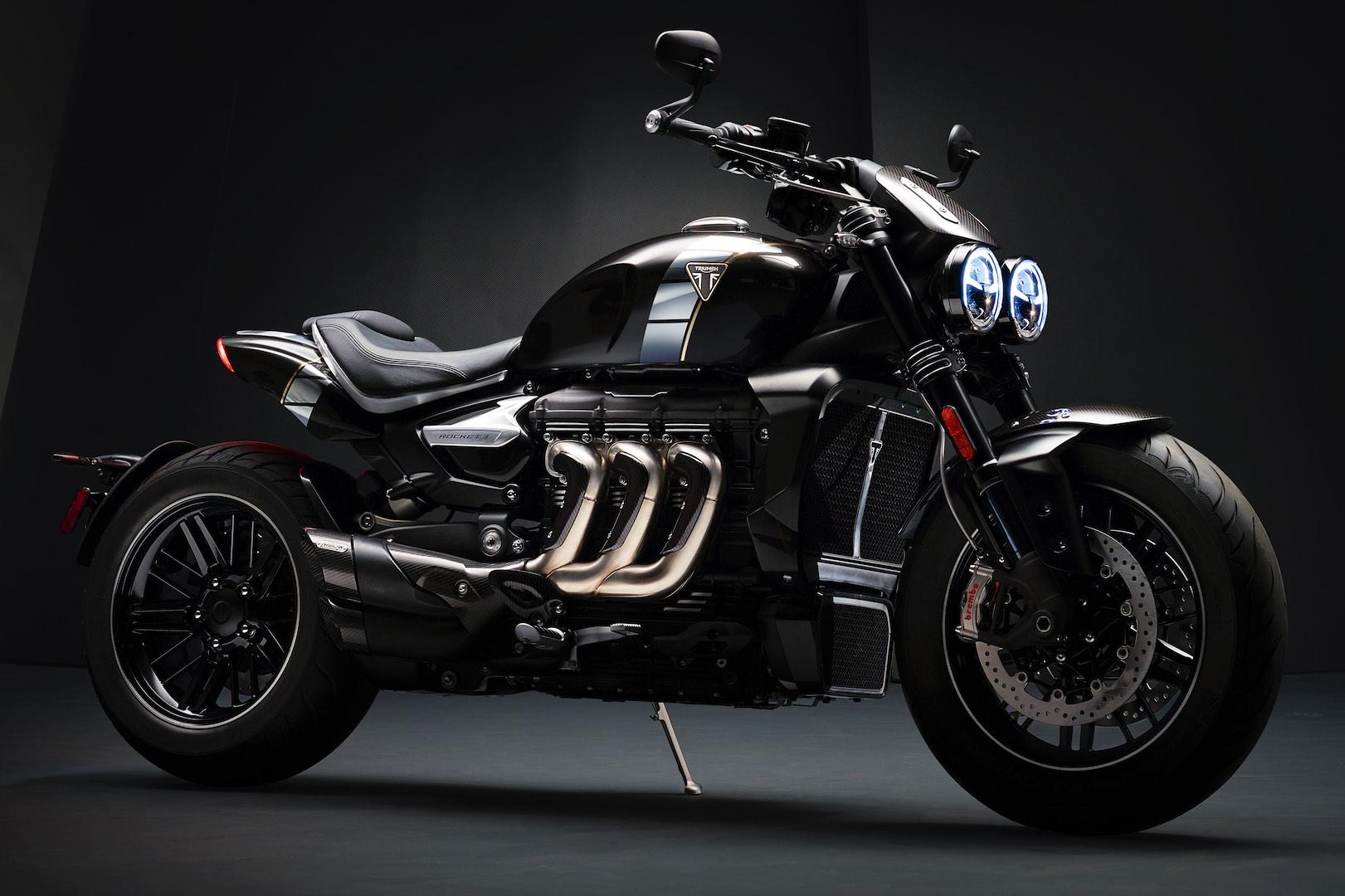 https://i.ibb.co/GktWw3P/2020-Triumph-Rocket-TFC-First-Look-muscle-motorcycle-2.jpg