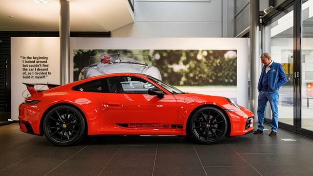 Célébrer une icône néerlandaise de la course automobile: la 911 unique avec l'empreinte digitale de Gijs van Lennep Pro-Res-Porsche-911-Gijs-van-Lennep2