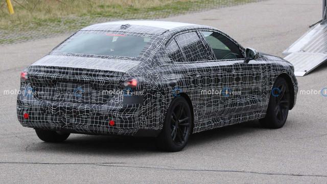 2023 - [BMW] Série 5 / M5 [G60 / G61] - Page 3 4-AA4-F4-F4-7-BAC-4821-ABE4-15-E0-F6078-E2-C