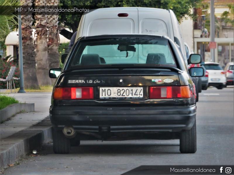 avvistamenti auto storiche - Pagina 11 Ford-Sierra-1-8-88cv-89-MO820144