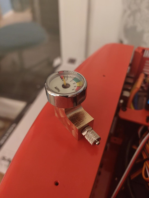 Manometer-mit-Sammy-Adapter-01