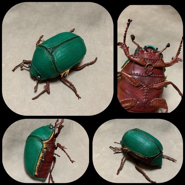日本設計師Amanojaku Hesomagari 為了抵抗昆蟲恐懼症而製作的各種皮革包包以及飾品 Image