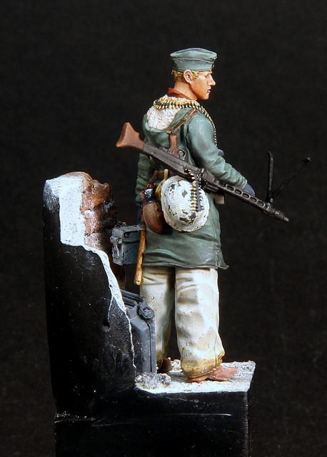 Le soldat oublié. (Fig Panzer Art 1/35) TERMINE IMG-3402