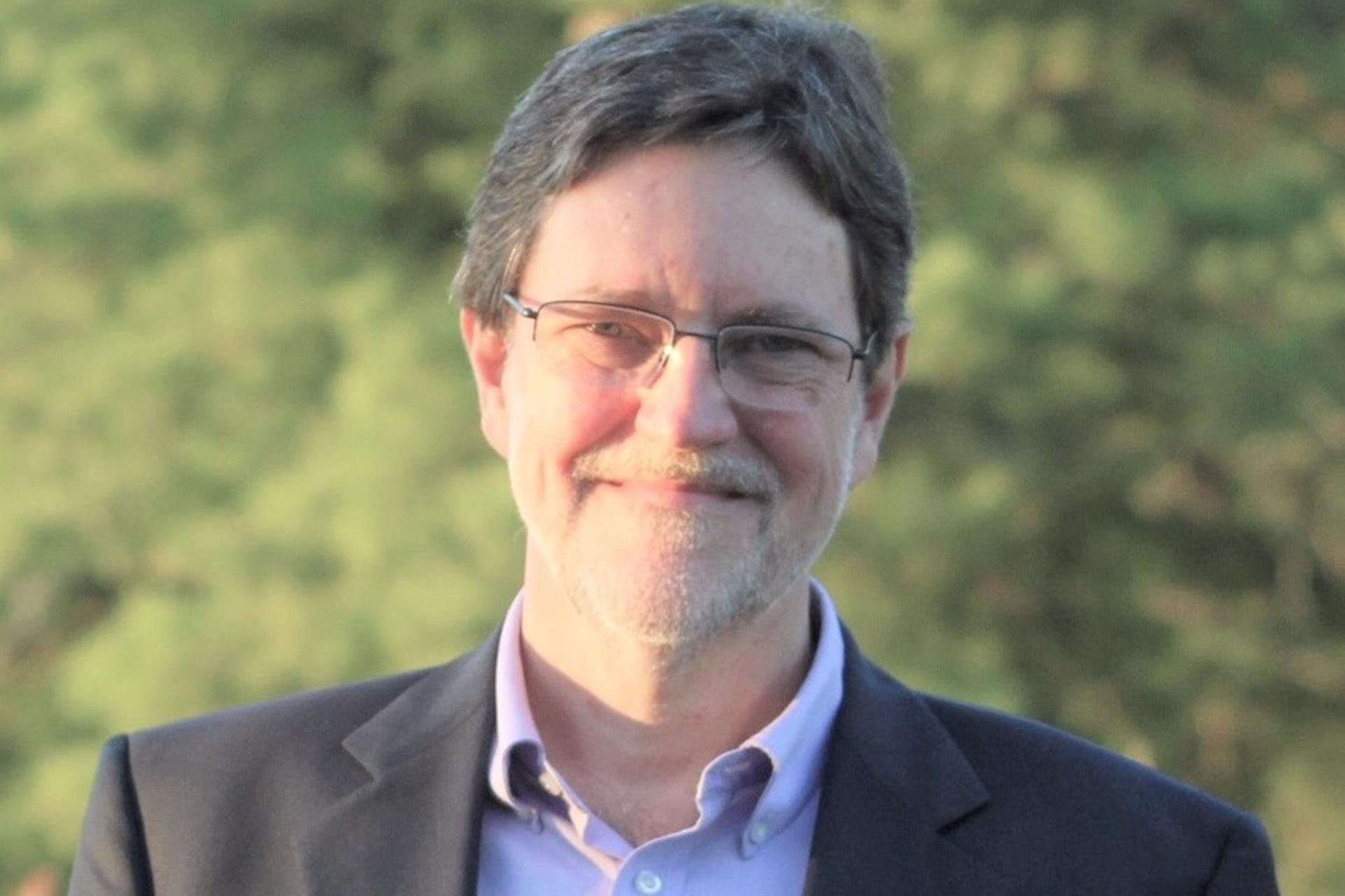 Mauro Porto discute Branquitude, Ressentimento e Revolução Conservadora no Brasil no Ciclo de Debates PPGCOM