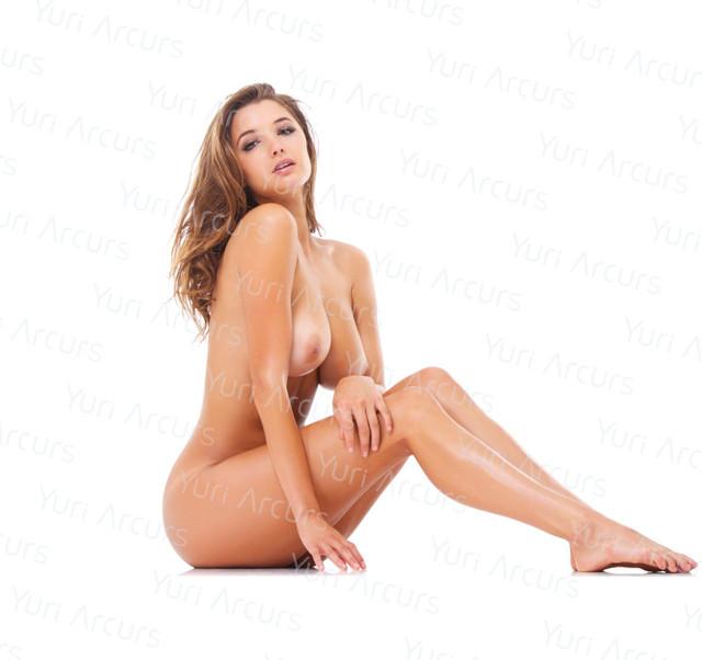 Alyssa-Arce-Naked-14