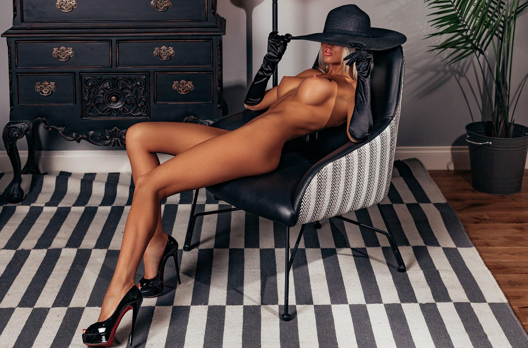 Анастасия Щеголева - модель с большой грудью / фото 02