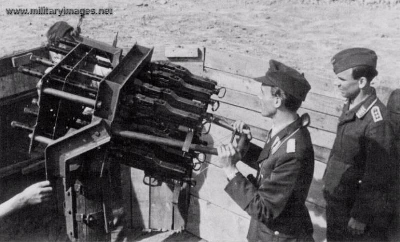 Anti-aircraft gun from 8 mg-34.