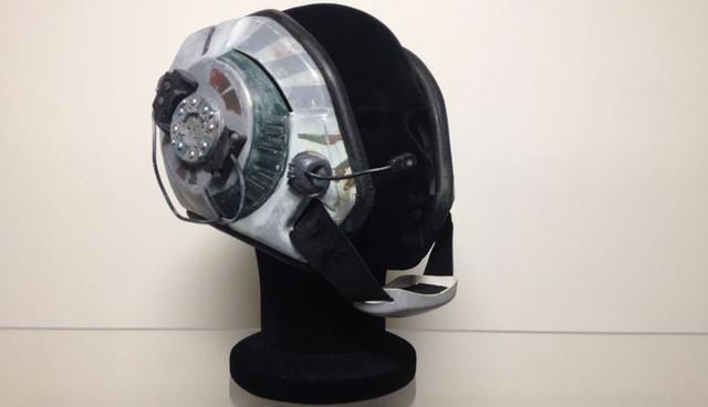 Prototype Bwing Helmet01