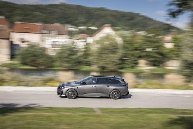 2021 - [Peugeot] 308 SW [P52] - Page 13 43-F822-DE-D36-D-43-DB-9-E5-F-0954-DEB510-B6