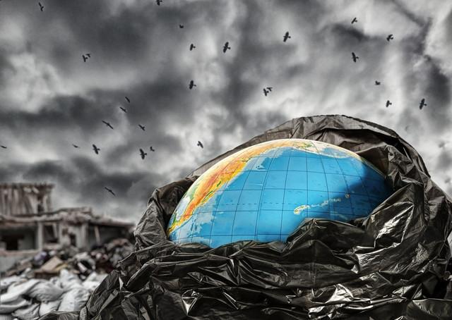 Як обмежити використання пластику в повсякденному житті та зберегти планету від сміттєвого апокаліпсису?