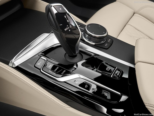 2017 - [BMW] Série 6 GT (G32) - Page 9 8-EEDA4-C0-1-FC8-4-E63-AF00-D0-CCEA04253-C