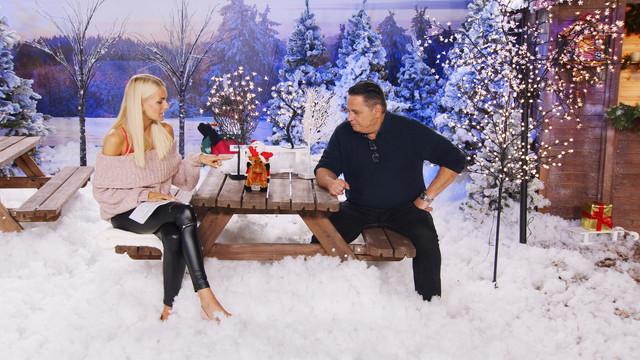 cap-Weihnachtsstimmung-auch-im-Garten-Mit-Anne-Kathrin-Kosch-bei-PEARL-TV-Oktober-2019-4-K-UHD-00-18-41-12