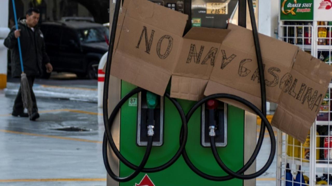López Obrador anuncia más vigilancia a ductos de combustible en México