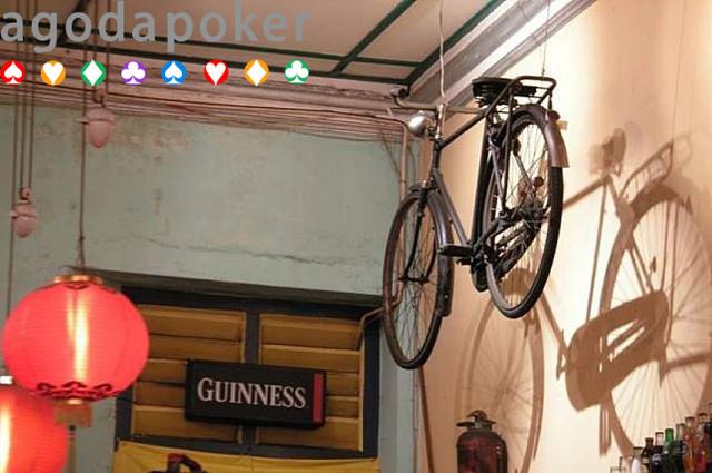 Kalian yang Gemar Bersepeda Wajib Punya 8 Dekorasi Ini di Rumah!