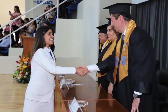 Graduacio-n-Medicina-155