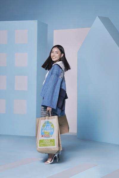 Shopping-3-1600x1200.jpg
