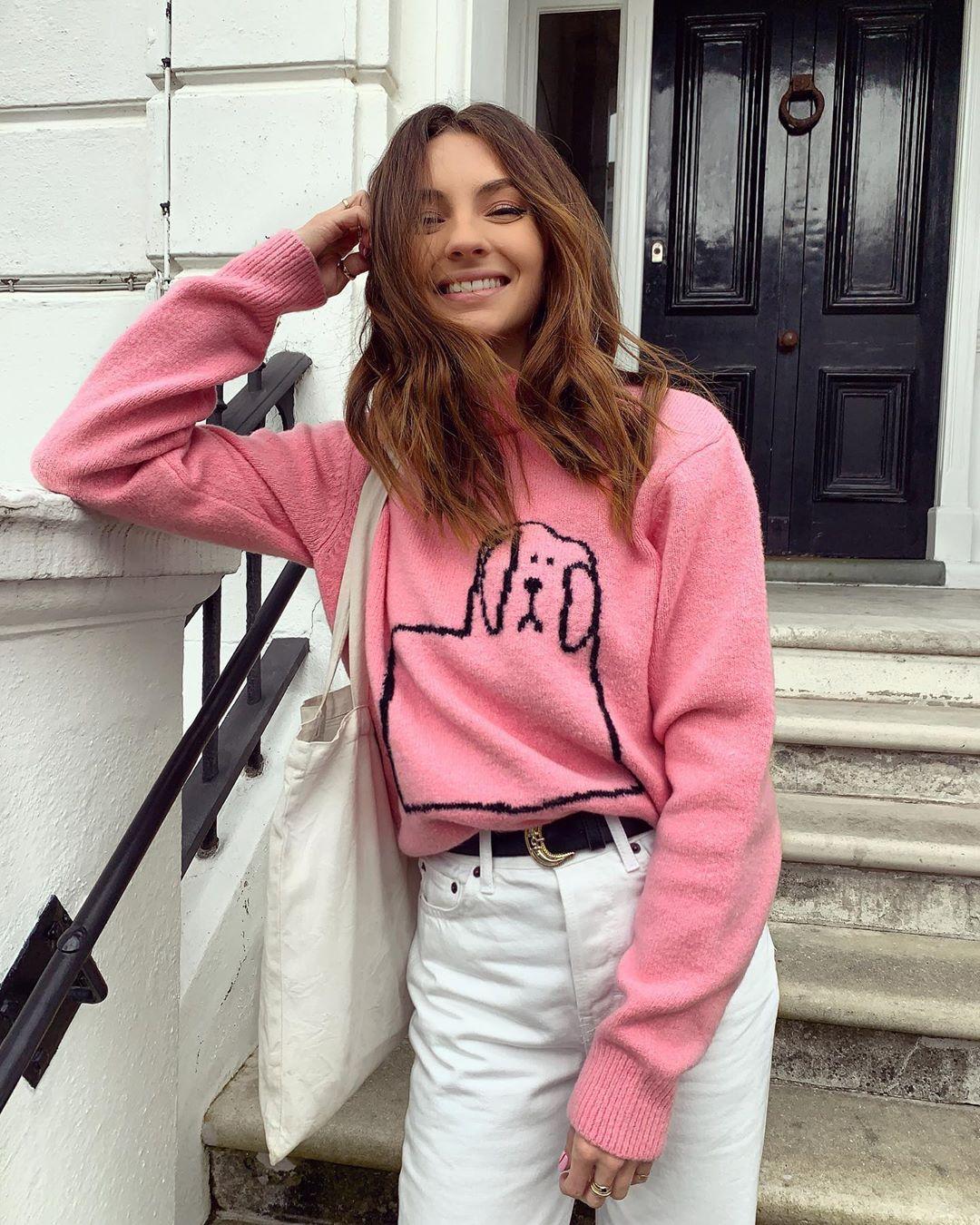 Chloe-Hayward-Wallpapers-Insta-Fit-Bio-1