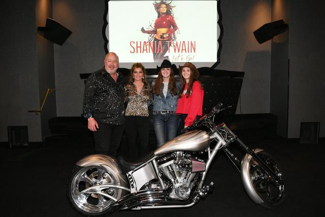 shania-vegas-letsgo-show120619-skcsweepstakeswinner