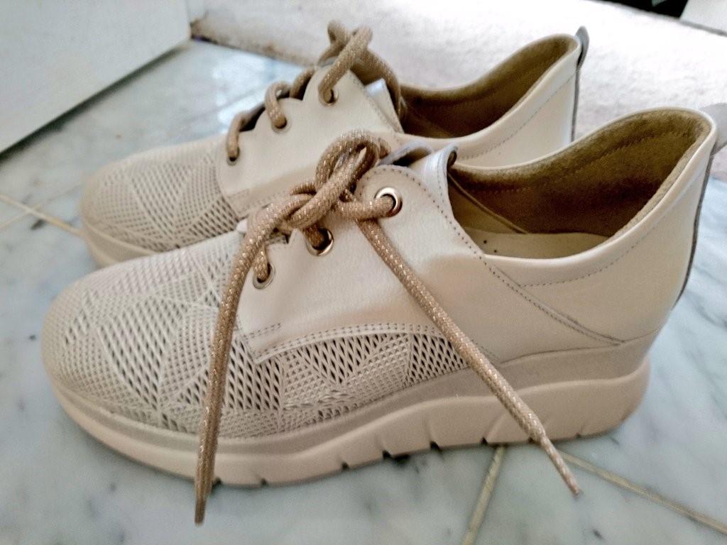 mens slip on shoes skechers