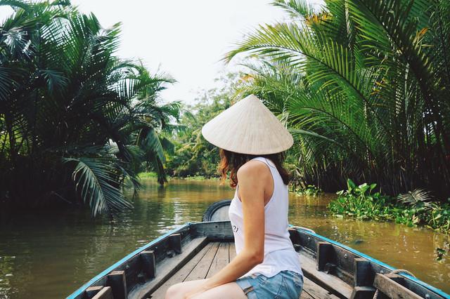 Vietnam-Halong-Bay-Saigon-Mekong-River