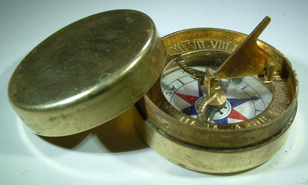 Compass-Brass-Sundial-3.jpg