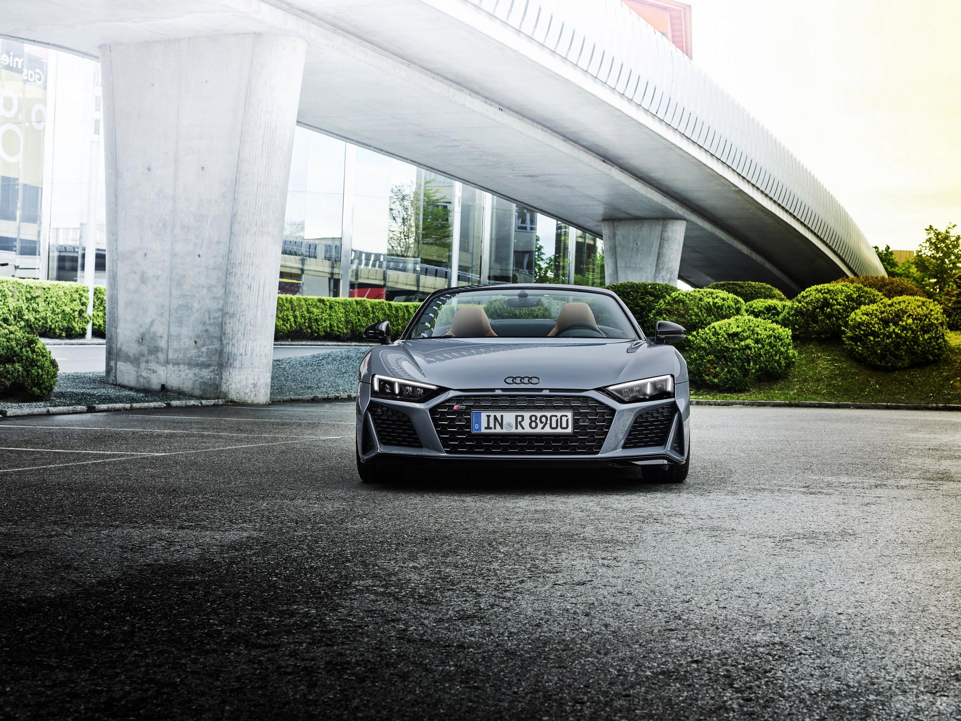 2022-Audi-R8-V10-Performance-RWD-3